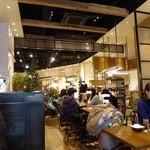 J.S. PANCAKE CAFE  - 賑わってます^^