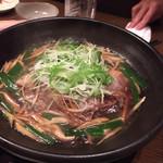 坐・和民 - コースの牛肉と豆腐の鍋。