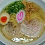 34256740 - 塩中華そば(620円)・・・芳醇な鶏出汁が堪能できる、清湯スープは逸品です!麺、具ともにバランス良し^^