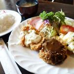 羅漢 - 料理写真:2013年7月 ミックスフライ850円