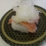 はま寿司 - オニオンサーモン