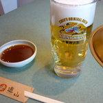 焼肉遊山 - 生ビール中一杯目