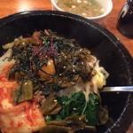 すもも - ピラカラ高菜石焼ピビンバ(900円)