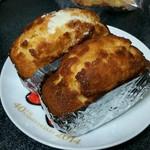 ドイツパンの店 フランドルフ - ケーキ(アーモンド、プレーン)