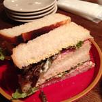 ゆとり侶 - ハムとツナのサンドイッチ