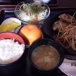 来゛留芽 - おろしハンバーグ定食 1400円