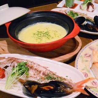 ◆人気の女子会コースから、大皿コースまでご用意しています!