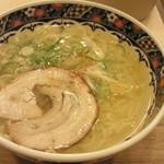 味噌乃家 - ゆず塩ラーメン ¥680 (2015.1.16)