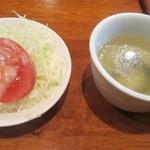 34280969 - サラダとスープが付きます