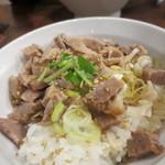 玉五郎 - (15年1月)Cセットのチャーシュー丼
