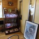 ダヤンカフェ - 営業は金土日のみの小さなお店でお店の中にはダヤンがいっぱいヾ(*ΦωΦ)ノ もう販売してない昔のオルゴールとか、昔ダヤンも飾られてて素敵な空間☆彡