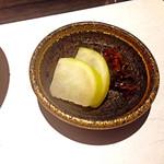 神戸牛炉窯焼ステーキ 雪月風花 北野坂 - 【〆め】から、東山商店街中村さんの香の物。