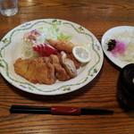 ココット - 12/07/27 ランチ (ミックスフライ定食) 650円
