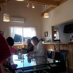 グッドウッドカフェ - 吹き抜けな店内