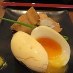 udondyayatsudura - つまみに角煮を頼んでみました 480円