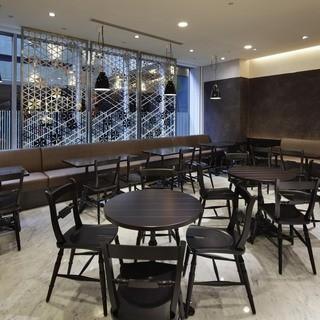 新しいコンセプトのカフェ