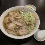 34298114 - 鶏肉のフォー/サラダ付き¥880プラス消費税
