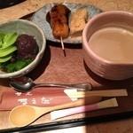 甘党まえだ - 抹茶寒天あんみつ カフェオレ 810円