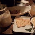 34300706 - カマンベールチーズのマーマレード焼きと、ピニャコラーダ