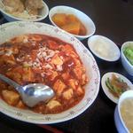 華香苑 - 料理写真:マーボー丼定食