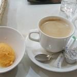 34301487 - コーヒーとシャーベット