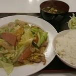 かね食堂 - ふーチャンプル定食
