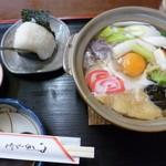 いろは食堂 - '15/01/17 鍋焼うどん(700円)+おにぎり(100円)