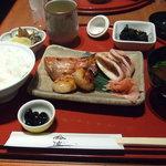 鈴波 - 味比べ定食