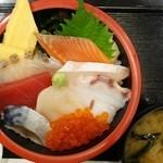 黄陽 - 料理写真:海鮮丼