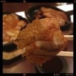 岡崎にこにこ餃子 - 羽根付き餃子(⑅˃◡˂⑅) 鉄板だから冷えない タレが甘いお出汁