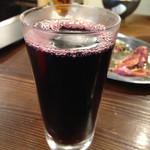 三先 肉焼屋 - グラスワイン  コップに並々と(≧∇≦)