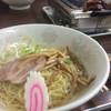 食道園 - 料理写真:名物、油らーめん。カルビ、ハラミも美味しいよ…