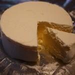ちとせや - カマンベールチーズケーキ