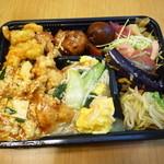 桃花 - オープン。一応イブだし別皿に盛って食べましたヨ(^^;)