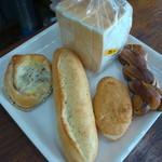 ブランジェリーソガ - 料理写真:購入パンは食事パン中心に♬