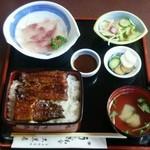大黒屋 - 料理写真:うな重と鯉の刺身