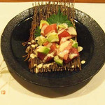 牡蠣三味 - まぐろとアボカドのわさびマヨネーズ