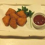 牡蠣三味 - カマンベールチーズフライ