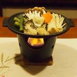 牡蠣三味 - 牡蠣の陶板バター焼き