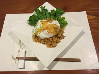 牡蠣三味 - タイ風ナシゴレン