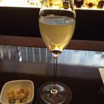 アクアリウム at ALFRED DUNHILL - 青森シードルのスパークリングワイン