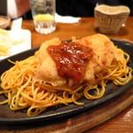 日の出横丁 富士八商店 - スパカツ