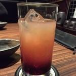 34337987 - 「フジサン」という名前のカクテルも頼んでみました。飲みやすい。