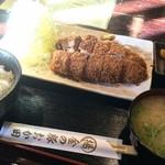 34338901 - 金の豚おか田(とんかつ定食バラ200g)