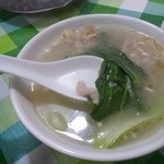 盛苑 - 豚肉とチンゲン菜のスープ