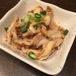 札幌ぶたやO38 - 鶏皮ポン酢。