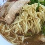 34349505 - ゆうの醤油チャーシューメンの麺(15.01)