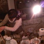 chinese cafe 茶林香 - かわいい色んな種類の茶器で淹れてくれます。