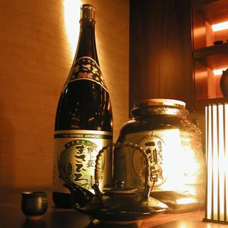 百種類以上の【焼酎】で美味しいやきとんを。