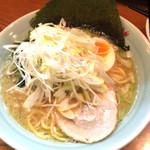 横浜らーめん 一八家 - グルーポン利用で、ネギらーめん(とんこつor塩)+ネギチャーシュー丼555円